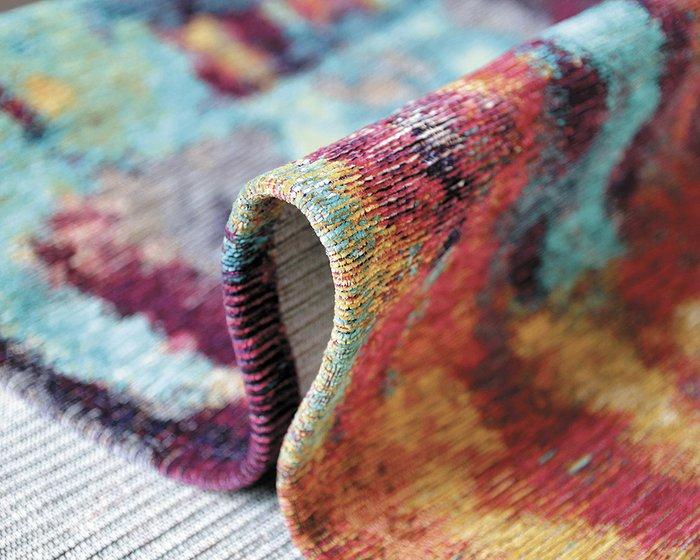 Ковер Alina Jumble с разноцветным принтом 135х200