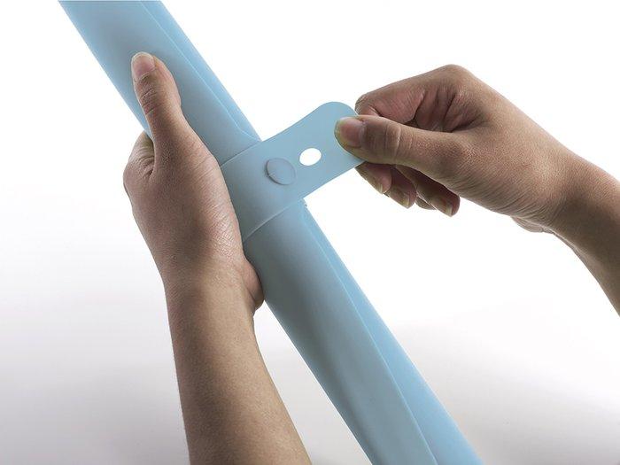 Коврик для теста с мерными делениями Joseph Joseph roll-up голубой