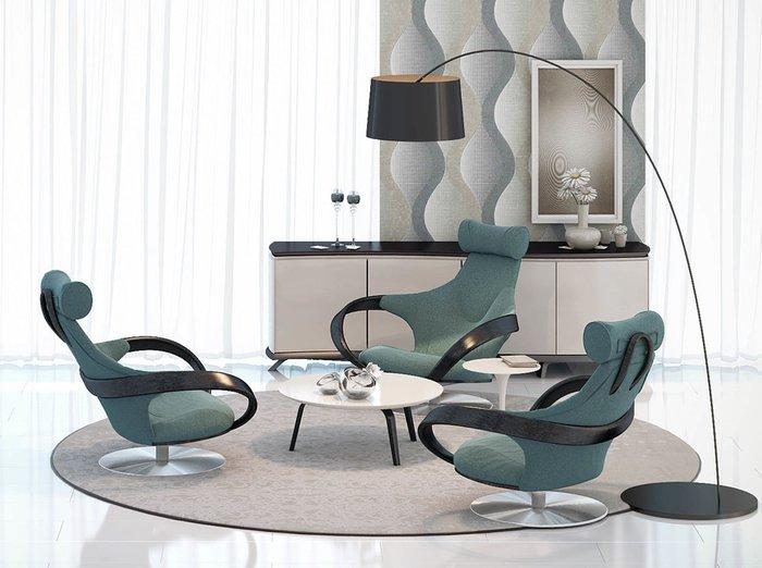 Кресло Apriori S с изящными подлокотниками из натурального дерева