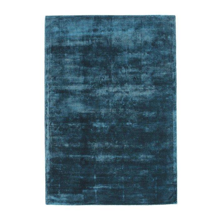 Ковер Guitou из вискозы светло-синего цвета 120x170