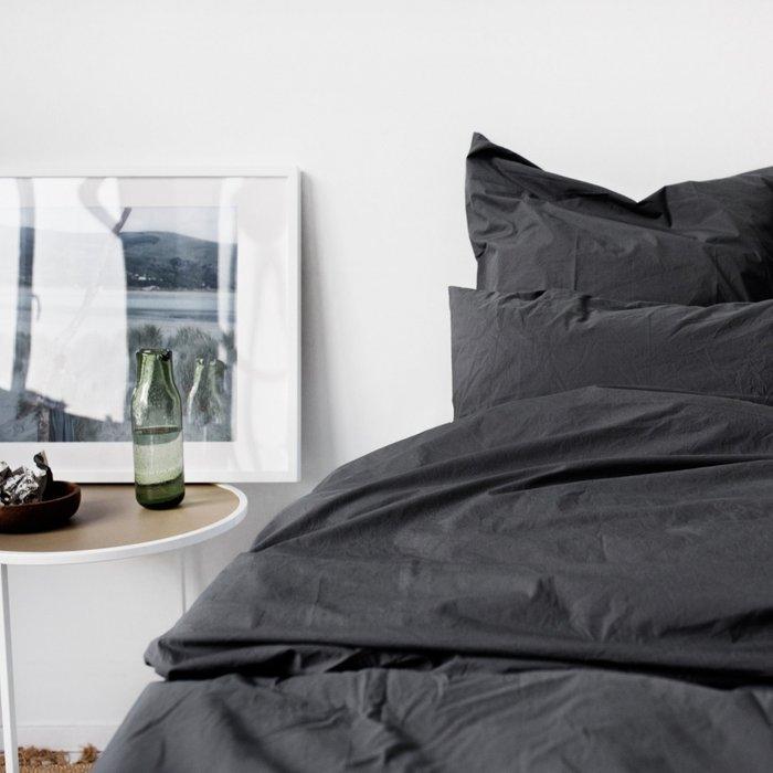 Комплект постельного белья серого цвета 180х215