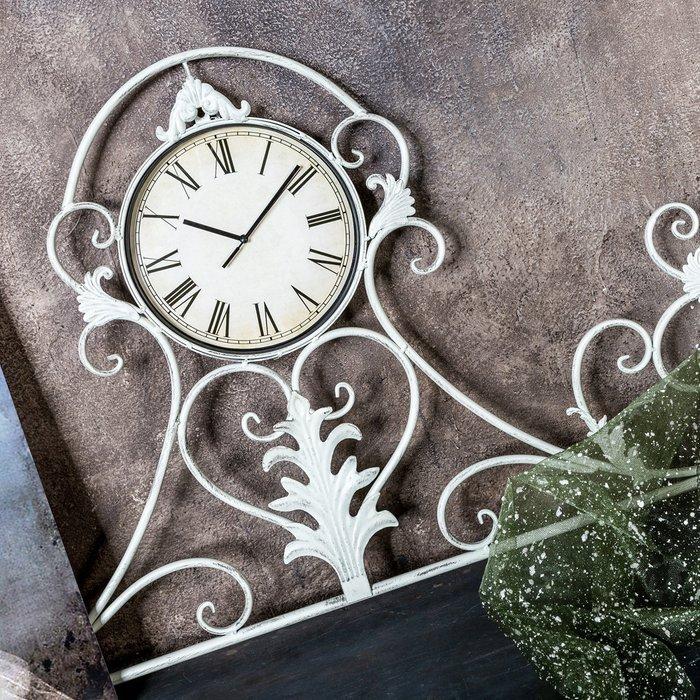 Настенные часы Вуаль-Руж белого цвета