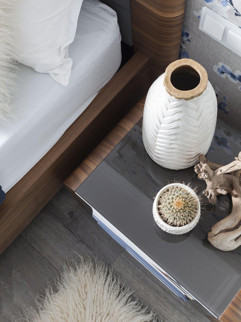 Фотография: Спальня в стиле Современный, Малогабаритная квартира, Квартира, Проект недели, Москва, Монолитный дом, 2 комнаты, до 40 метров, Юлия Беляева – фото на INMYROOM