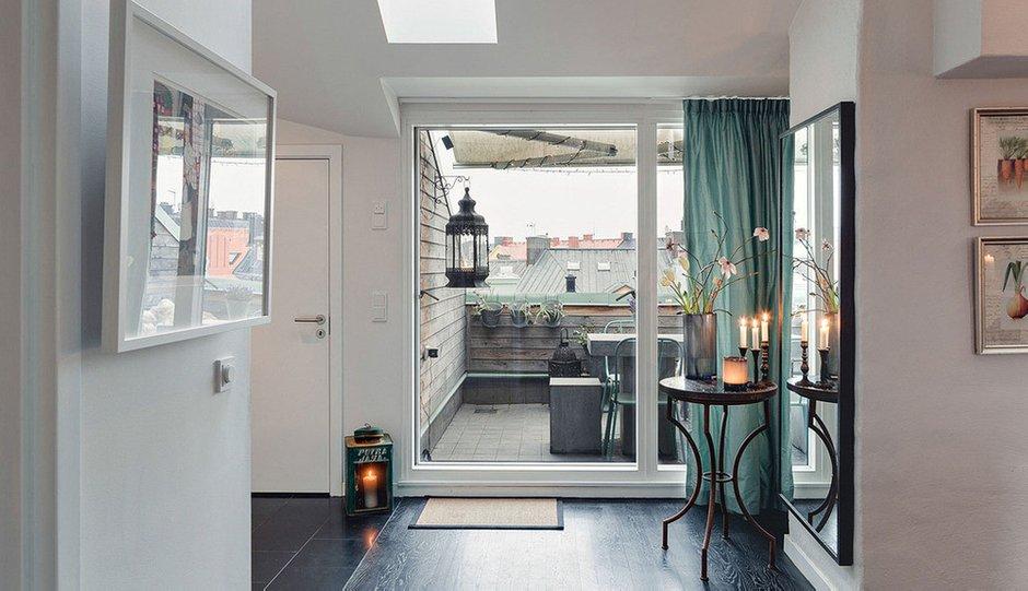 Фотография: Прихожая в стиле Скандинавский, Малогабаритная квартира, Квартира, Терраса, Дома и квартиры, Мансарда – фото на INMYROOM