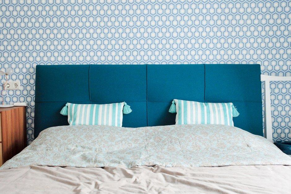 Фотография: Спальня в стиле Прованс и Кантри, Лофт, Скандинавский, Современный, Квартира, Проект недели – фото на INMYROOM