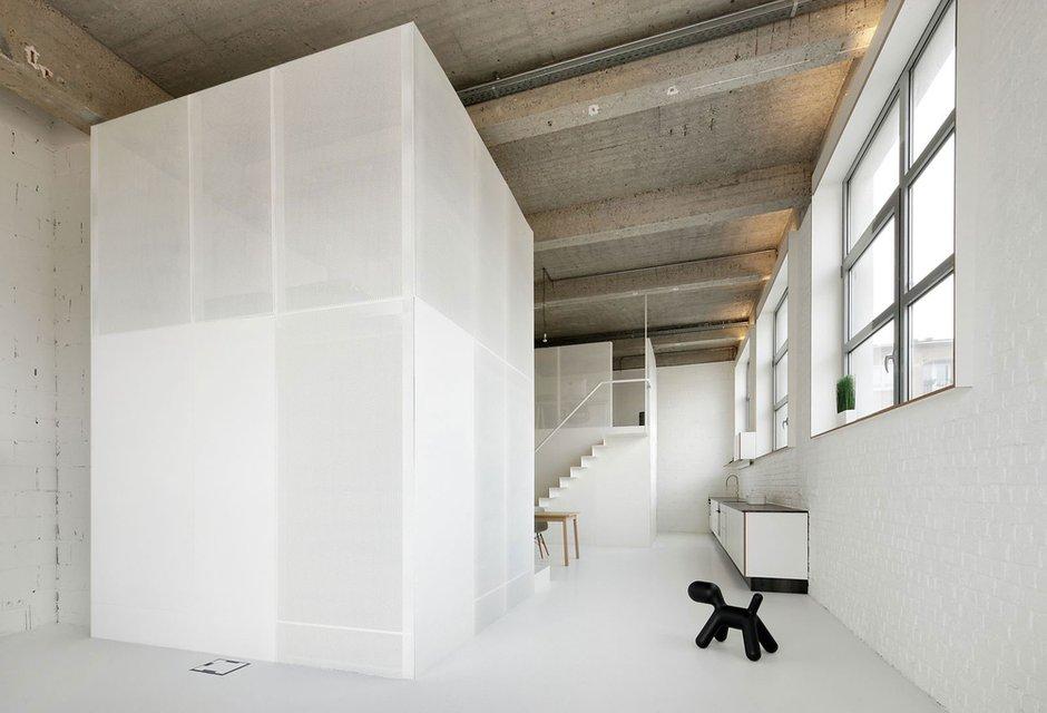 Фотография:  в стиле Современный, Квартира, Цвет в интерьере, Дома и квартиры, Белый, Проект недели – фото на INMYROOM