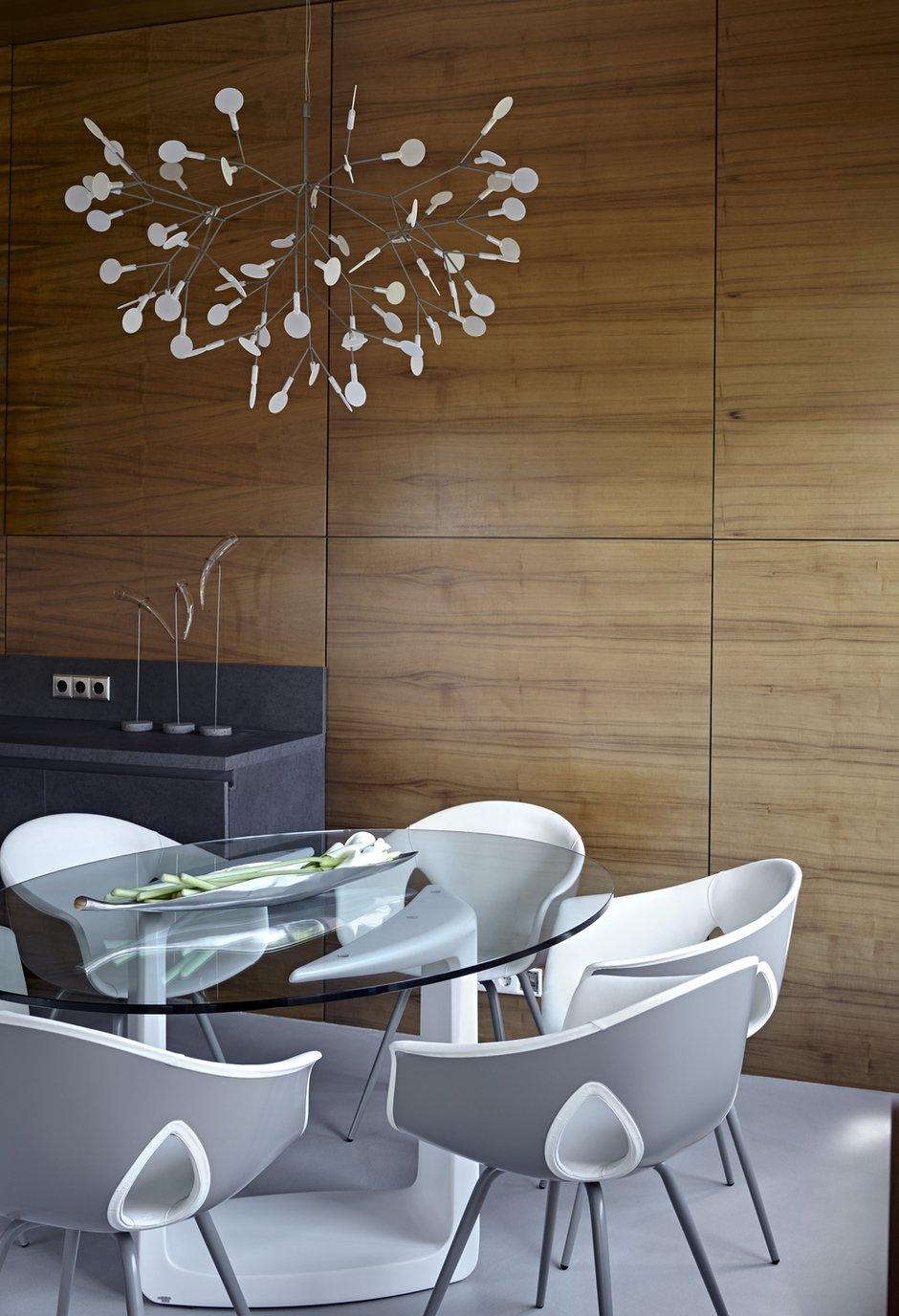 Фотография: Кухня и столовая в стиле Лофт, Дом, Дома и квартиры, Минимализм, Проект недели, Эко – фото на INMYROOM