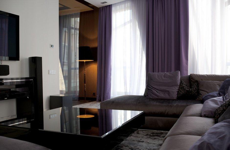 Фотография: Гостиная в стиле Современный, Квартира, Дома и квартиры, Москва – фото на INMYROOM