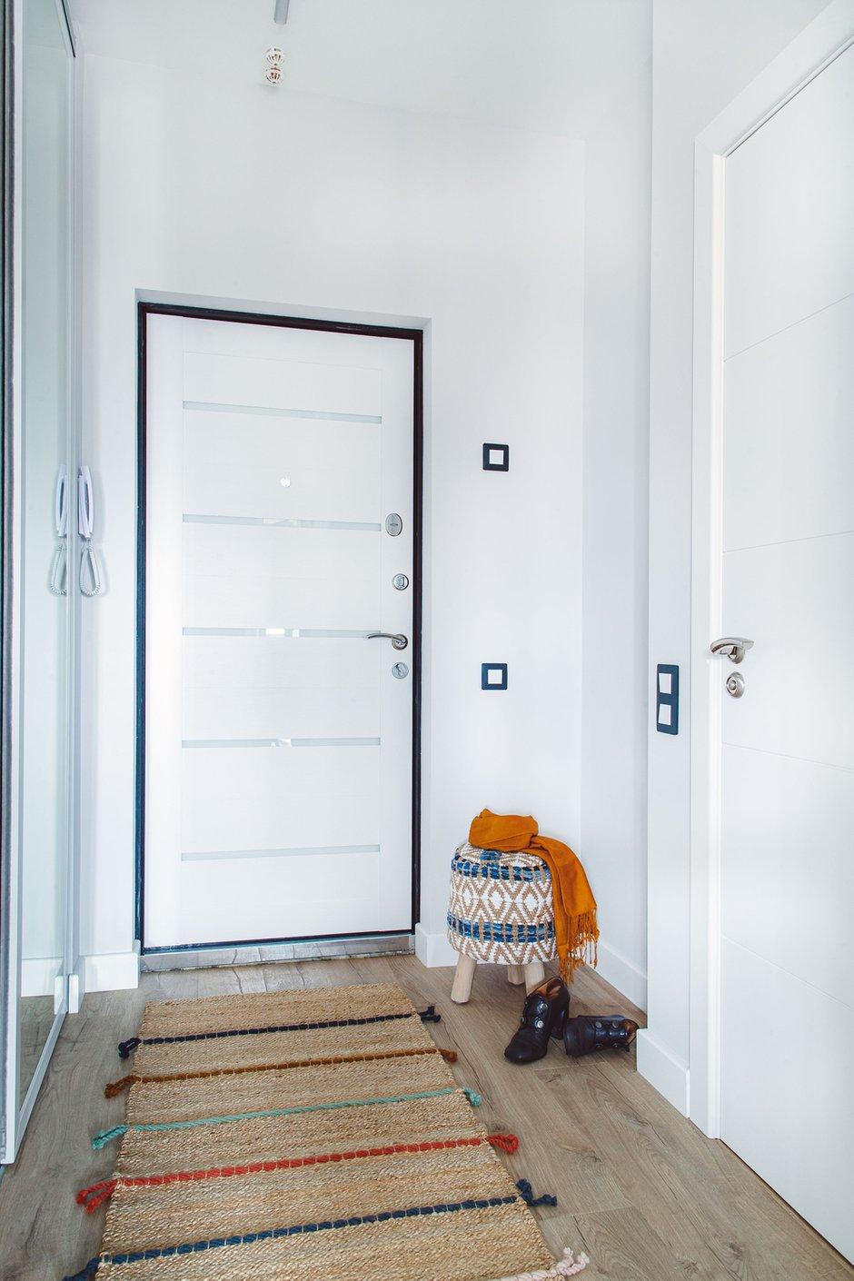 Фотография: Прихожая в стиле Современный, Малогабаритная квартира, Квартира, Проект недели, Химки, 1 комната, 2 комнаты, до 40 метров, Татьяна Масленникова – фото на INMYROOM