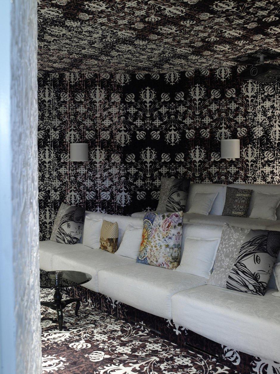 Фотография:  в стиле Современный, Эклектика, Декор интерьера, Дом, Дома и квартиры – фото на INMYROOM