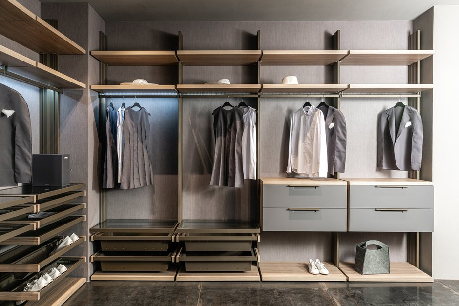Фотография: Гардеробная в стиле Современный, гардеробная в спальне, UNION, Спецпроект – фото на INMYROOM