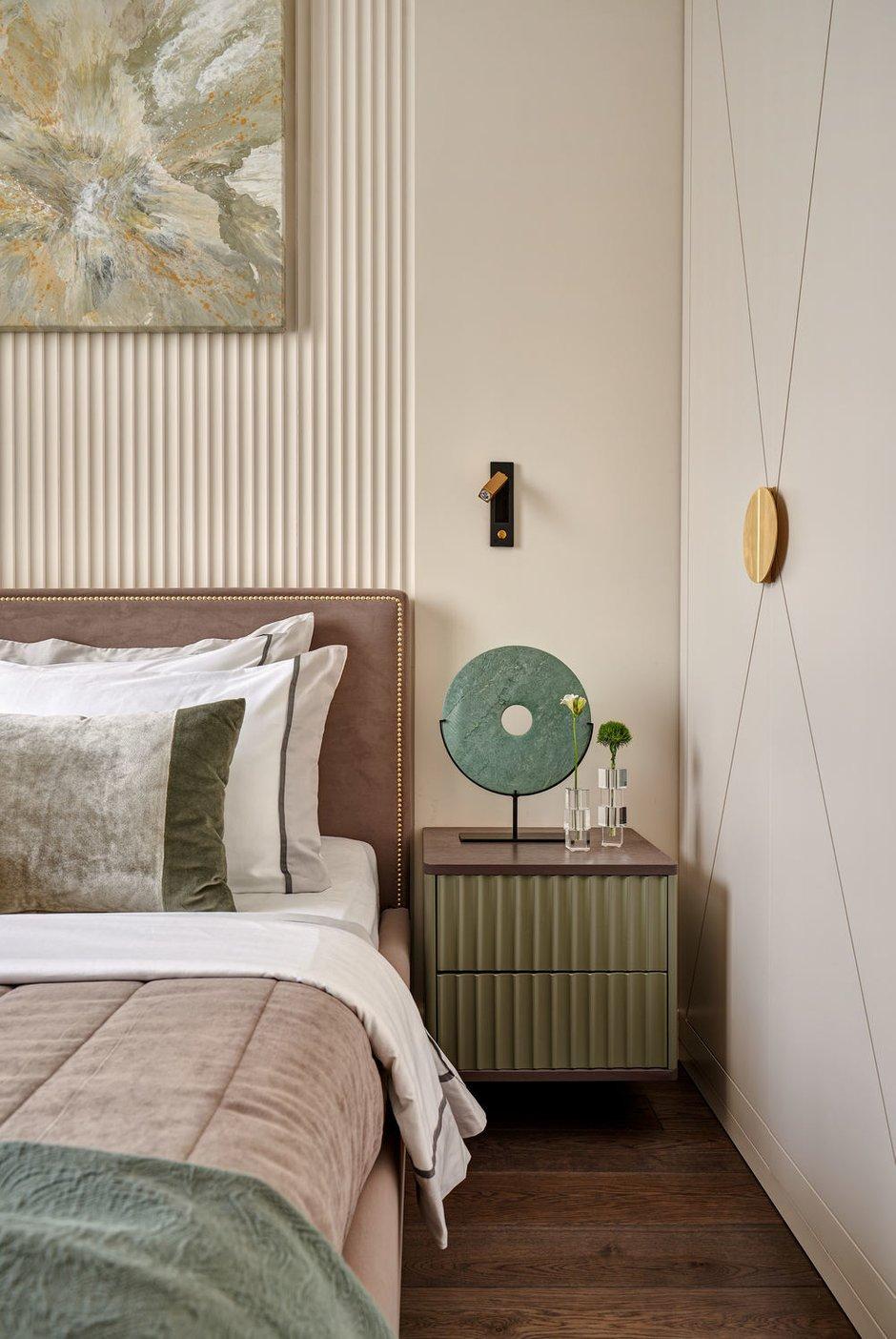 Фотография: Спальня в стиле Современный, Квартира, Проект недели, Москва, 3 комнаты, 60-90 метров, Алена Чмелева – фото на INMYROOM