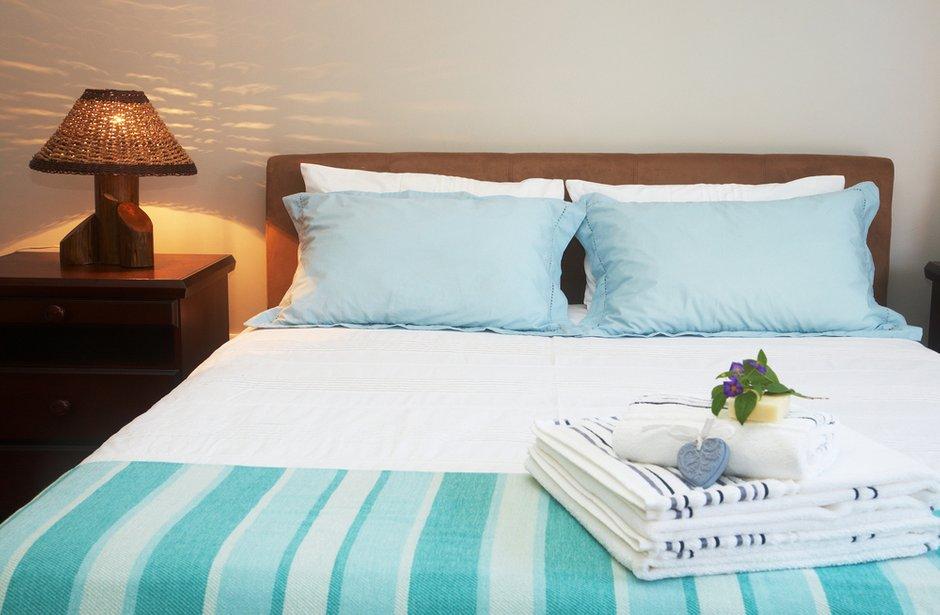 Фотография: Спальня в стиле Прованс и Кантри, Современный, Декор интерьера, Интерьер комнат – фото на INMYROOM