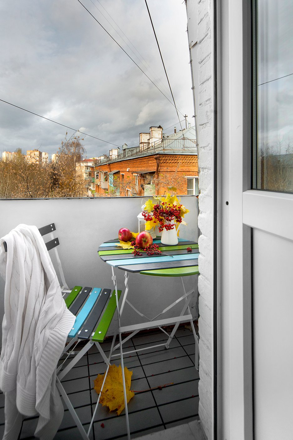 Фотография: Балкон, Терраса в стиле Современный, Малогабаритная квартира, Квартира, Дома и квартиры, IKEA, Проект недели, Максим Тихонов, Ольга Мелекесцева, Хрущевка, 1 комната, до 40 метров – фото на INMYROOM