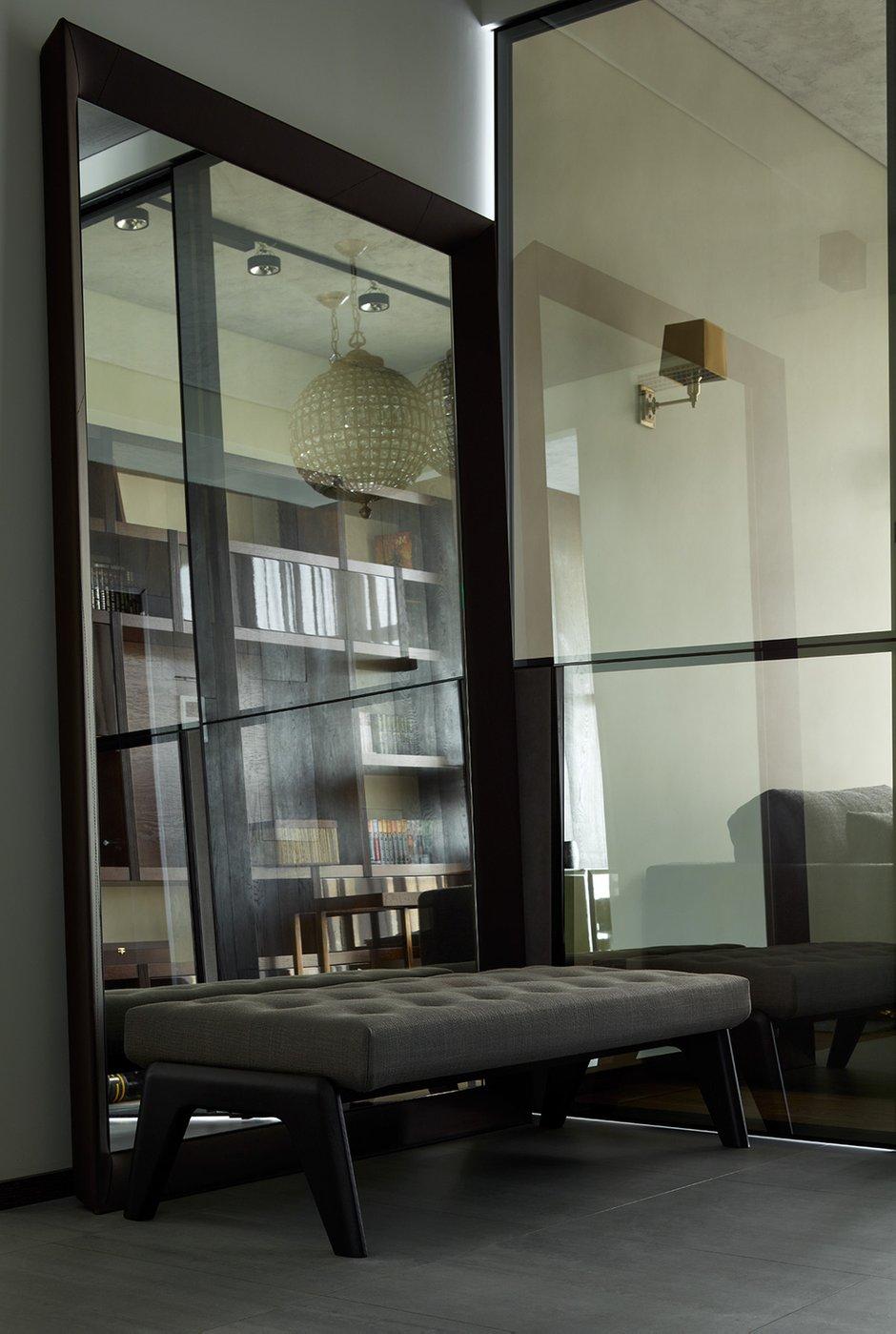 Фотография: Прихожая в стиле Современный, Лофт, Квартира, Проект недели, Москва, Ариана Ахмад, Монолитный дом, 4 и больше, Более 90 метров – фото на INMYROOM