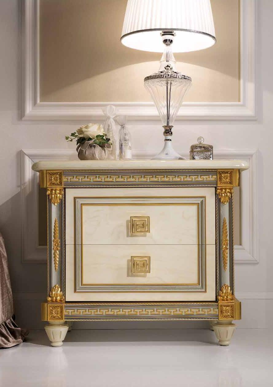 Фотография: Мебель и свет в стиле Классический, Современный, Спальня, Скандинавский, Эклектика, Декор интерьера – фото на INMYROOM