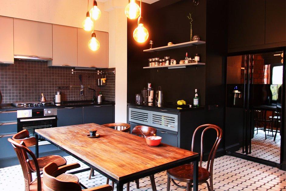 Фотография: Кухня и столовая в стиле Лофт, Квартира, Дома и квартиры, Минимализм, Проект недели – фото на INMYROOM