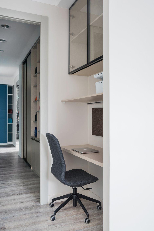 Фотография: Кабинет в стиле Современный, Квартира, Проект недели, Новосибирск, 2 комнаты, 40-60 метров, 60-90 метров, Анна Марковина – фото на INMYROOM