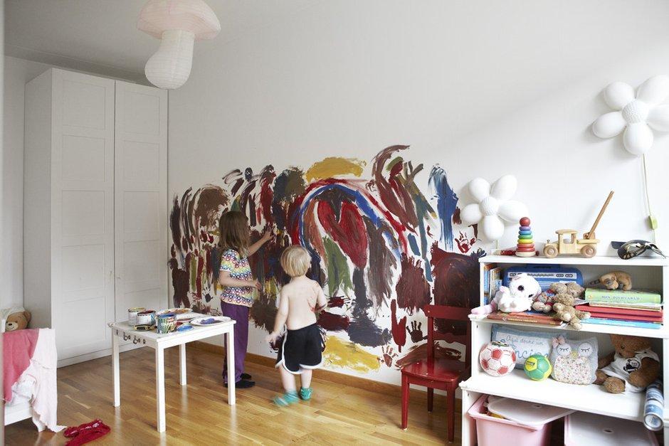 Фотография: Детская в стиле Скандинавский, Современный, Квартира, Швеция, Цвет в интерьере, Дома и квартиры, Белый – фото на INMYROOM
