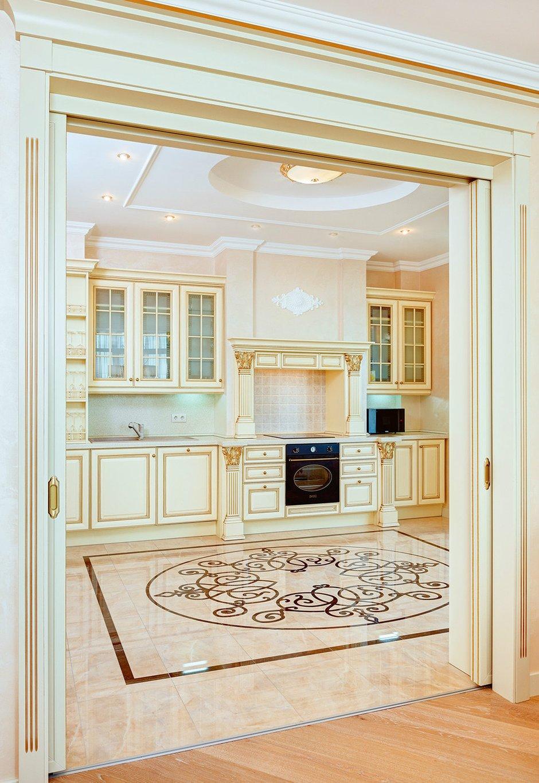 Фотография: Кухня и столовая в стиле , Классический, Интерьер комнат, Прованс, Проект недели – фото на INMYROOM