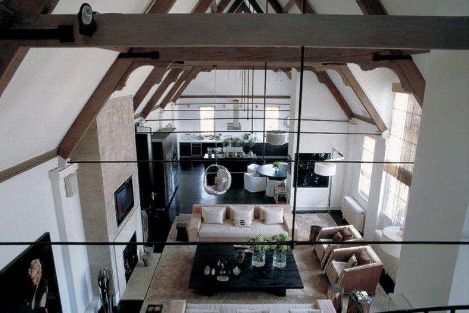 Фотография: Гостиная в стиле Современный, Великобритания, Мебель и свет, Цвет в интерьере, Индустрия, Люди, Лондон – фото на INMYROOM
