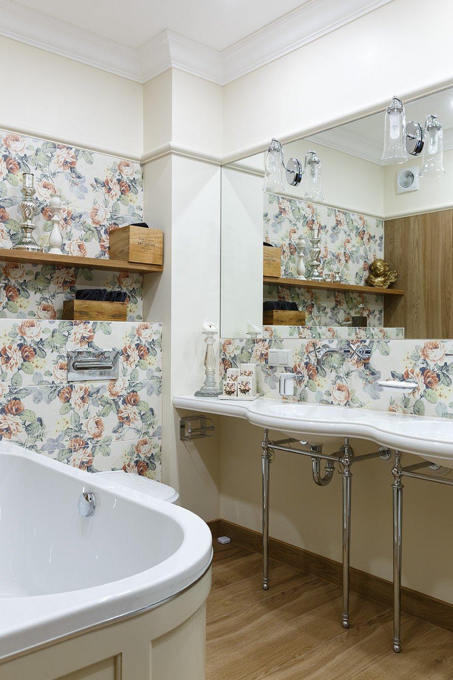 Фотография: Ванная в стиле Классический, Квартира, Проект недели, Санкт-Петербург, Монолитный дом, 4 и больше, Более 90 метров, Дизайн-Холл – фото на INMYROOM