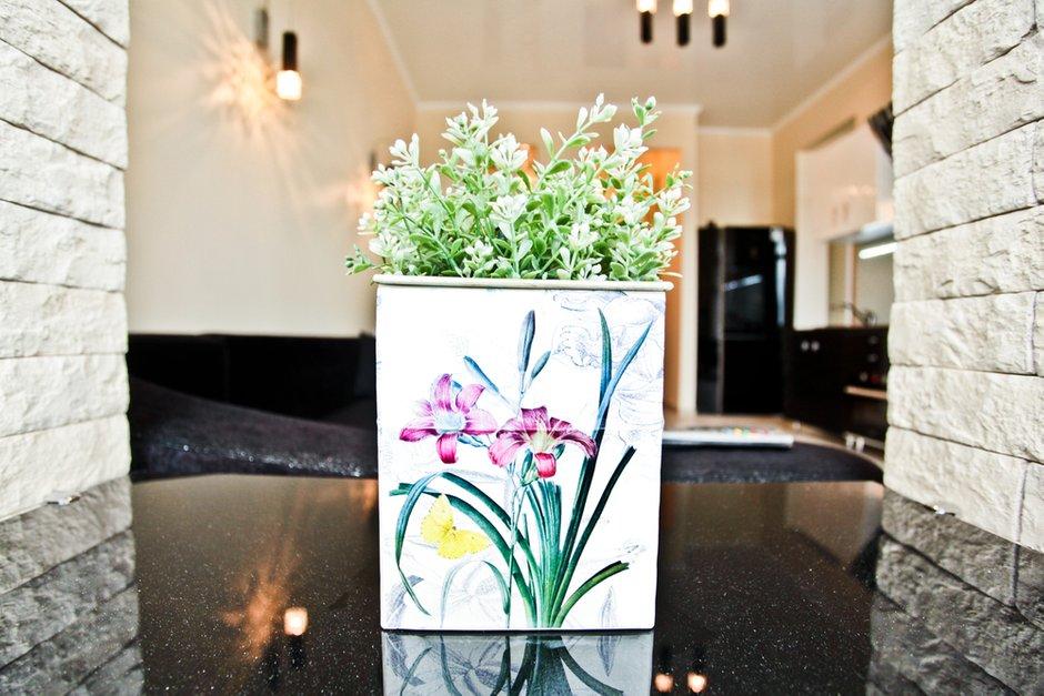 Фотография:  в стиле Современный, Квартира, Цвет в интерьере, Дома и квартиры – фото на INMYROOM