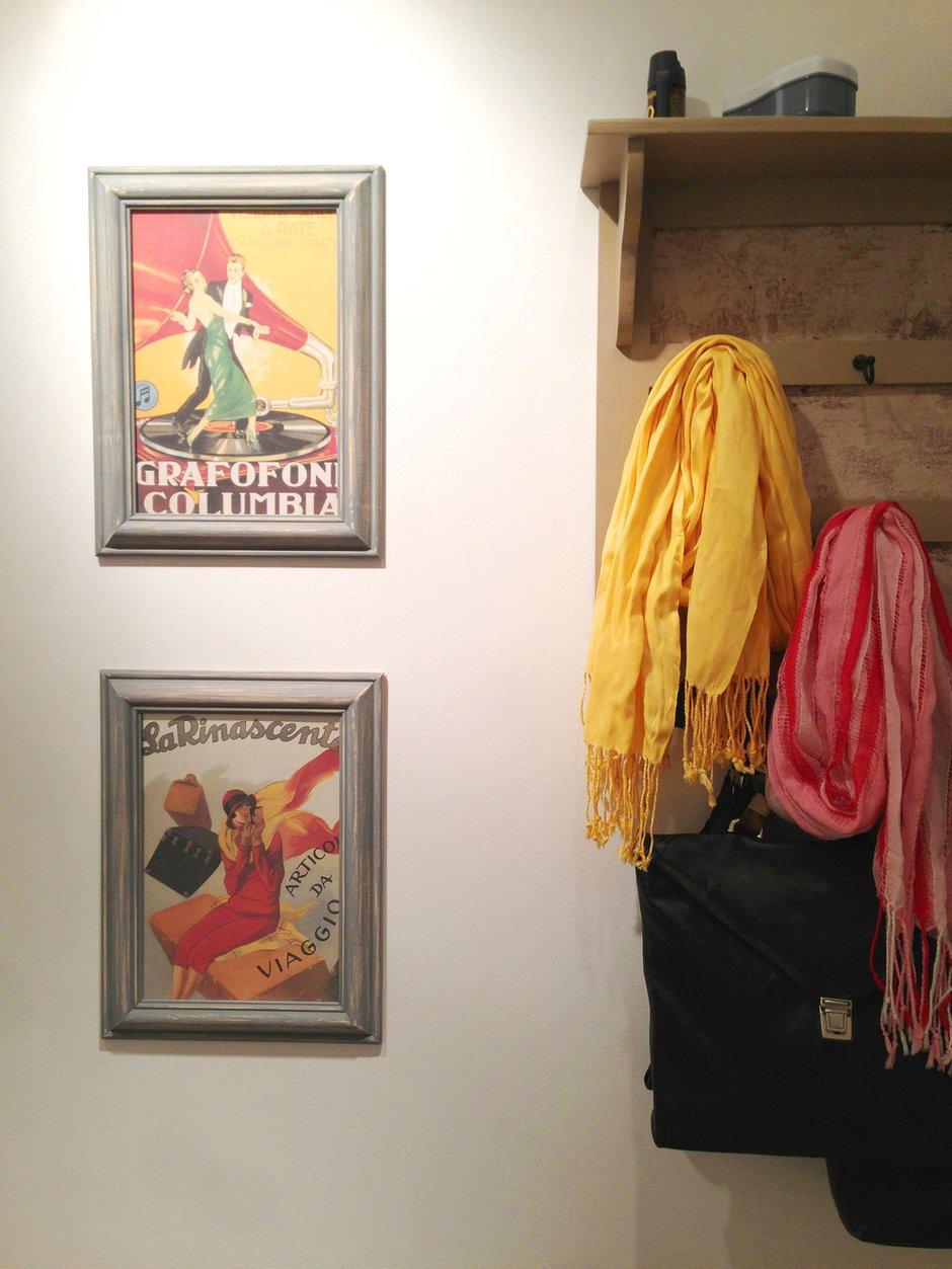 Фотография: Прихожая в стиле Современный, Скандинавский, Эклектика, Квартира, Белый, Проект недели, Голубой, Интервью – фото на INMYROOM