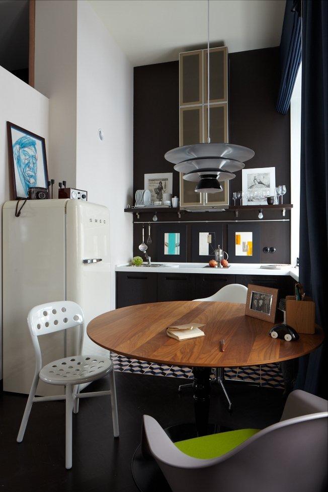 Фотография: Кухня и столовая в стиле Хай-тек, Малогабаритная квартира, Квартира, Студия, Дома и квартиры, Проект недели – фото на INMYROOM