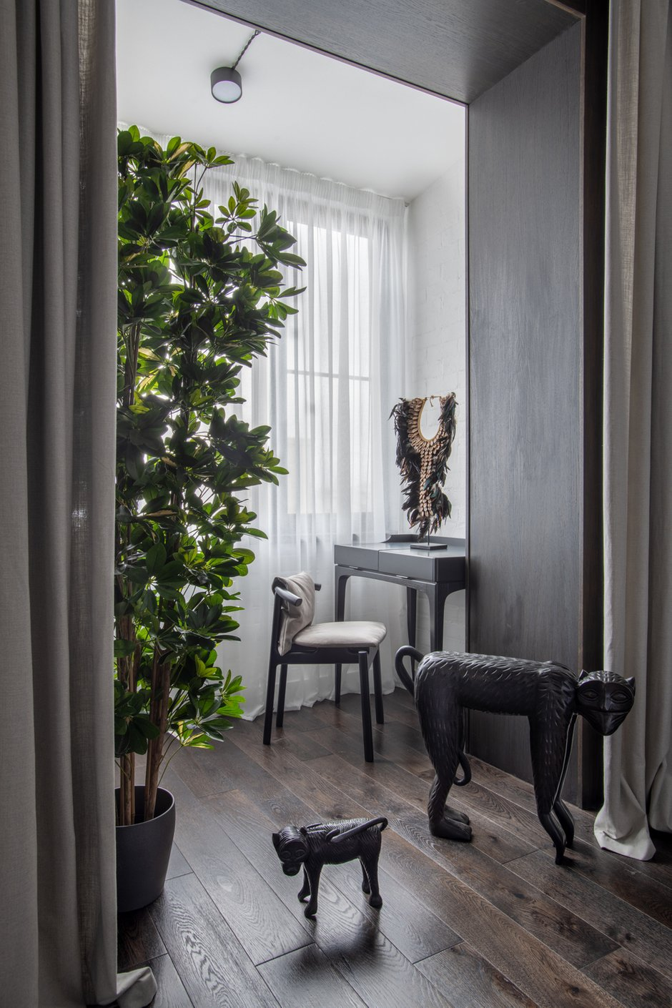 Фотография: Спальня в стиле Эклектика, Лофт, Квартира, Проект недели, Москва, Кирпичный дом, 2 комнаты, 40-60 метров, Алина Палагина – фото на INMYROOM