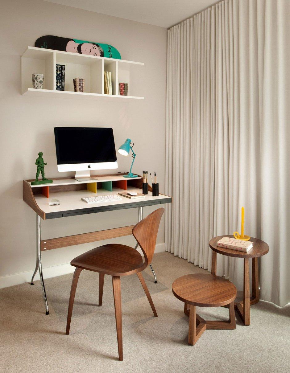Фотография: Офис в стиле Современный, Квартира, Дома и квартиры – фото на INMYROOM