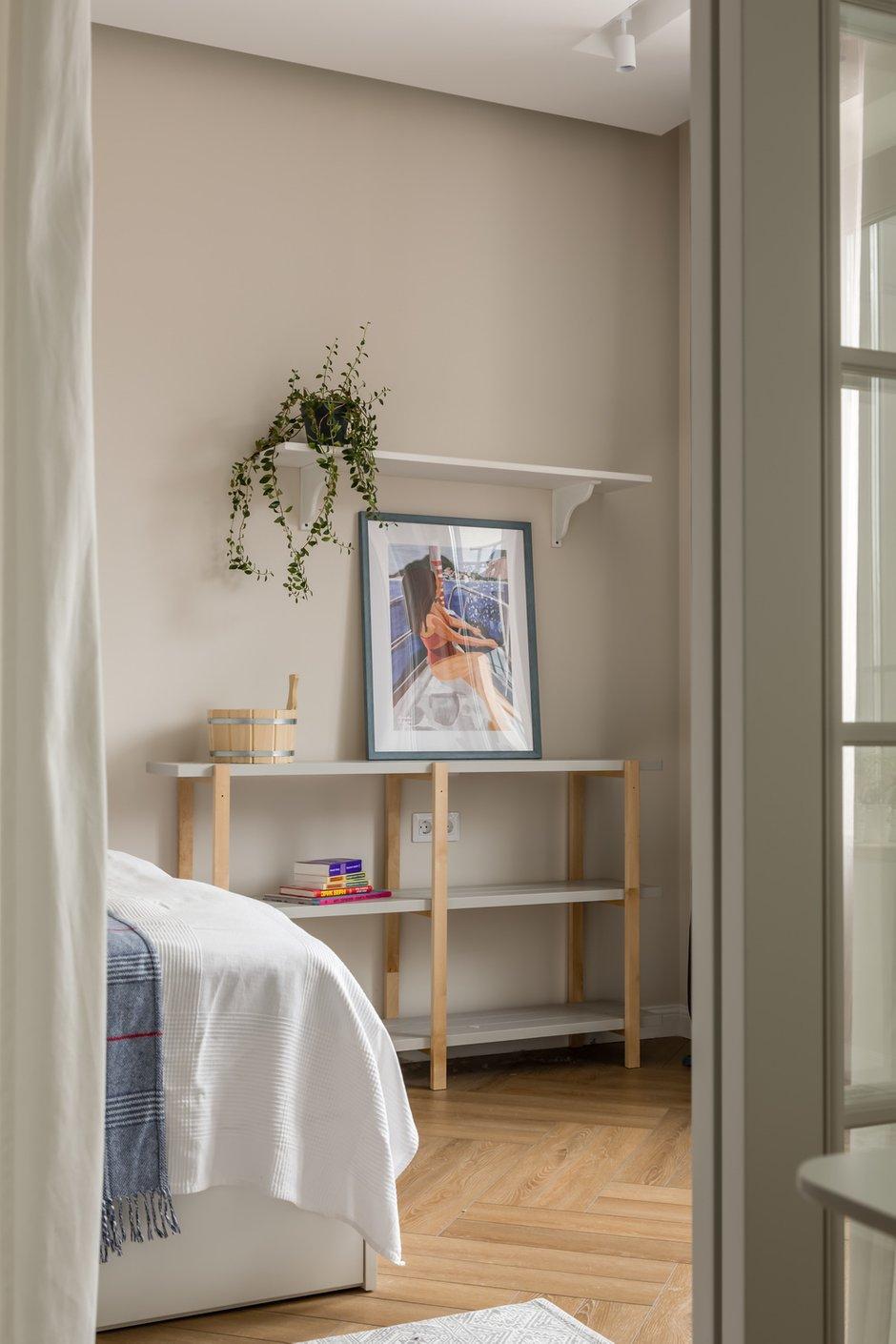 Фотография: Спальня в стиле Скандинавский, Современный, Квартира, Проект недели, Москва, Buro Brainstorm, 1 комната, 40-60 метров – фото на INMYROOM