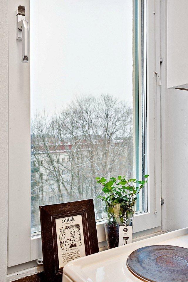 Фотография: Аксессуары в стиле , Скандинавский, Малогабаритная квартира, Квартира, Швеция, Цвет в интерьере, Дома и квартиры, Белый – фото на INMYROOM