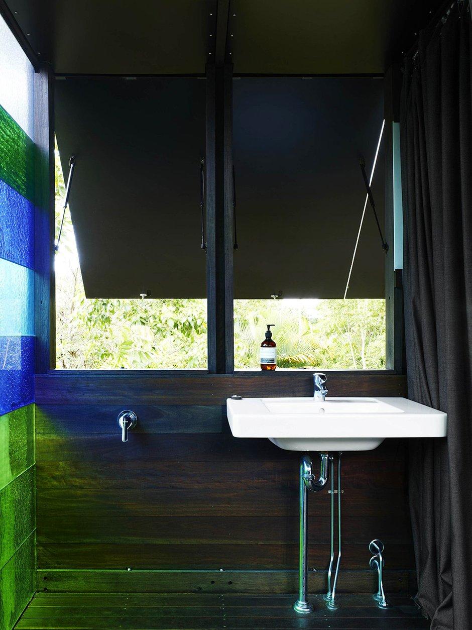 Фотография: Ванная в стиле Прованс и Кантри, Современный, Декор интерьера, Дом, Дома и квартиры, Архитектурные объекты – фото на InMyRoom.ru