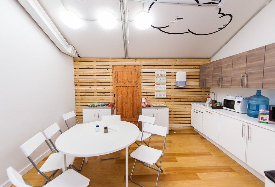Фотография: Кухня и столовая в стиле Прованс и Кантри, Скандинавский, Современный, Офисное пространство, Офис, Дома и квартиры – фото на INMYROOM