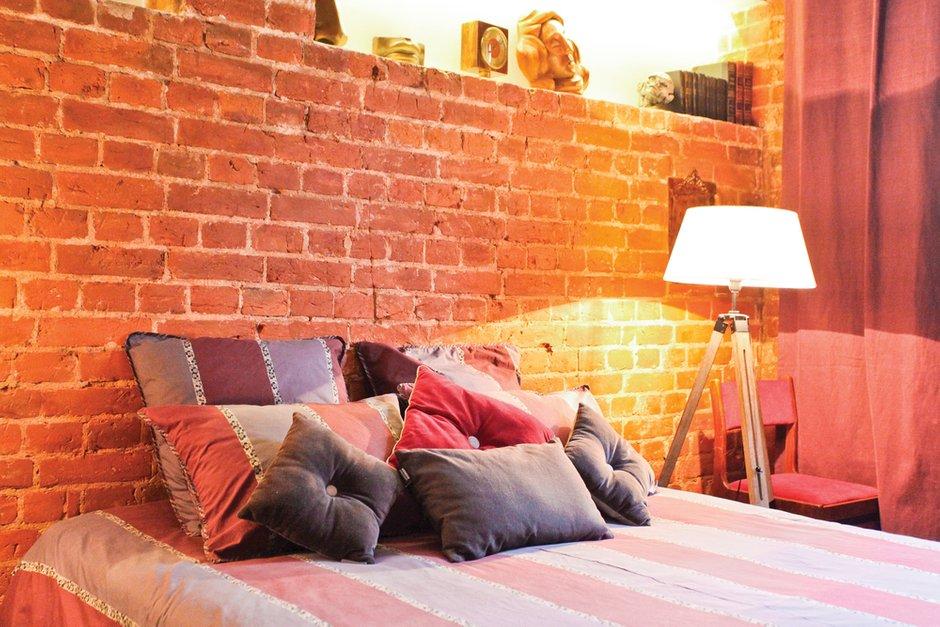 Фотография: Спальня в стиле Лофт, Декор интерьера, Дом, Дома и квартиры, Стена – фото на InMyRoom.ru
