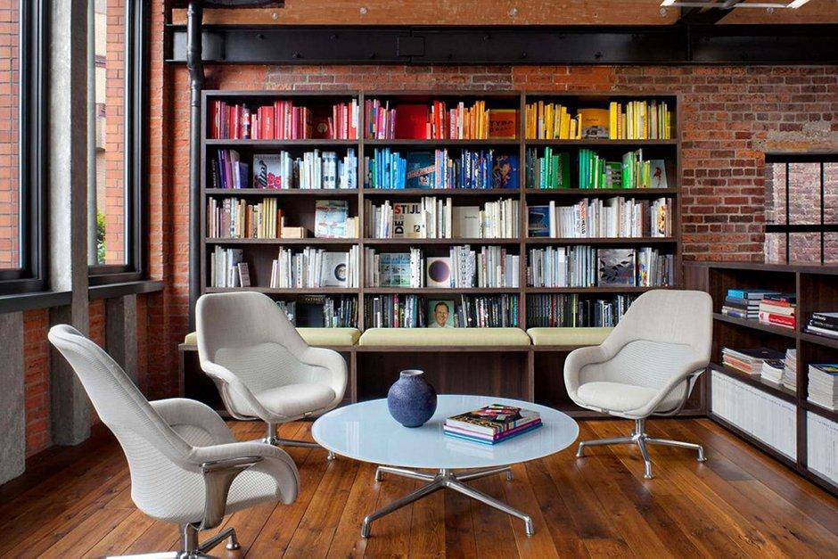 Фотография:  в стиле Лофт, Офисное пространство, Офис, Дома и квартиры, Проект недели – фото на INMYROOM