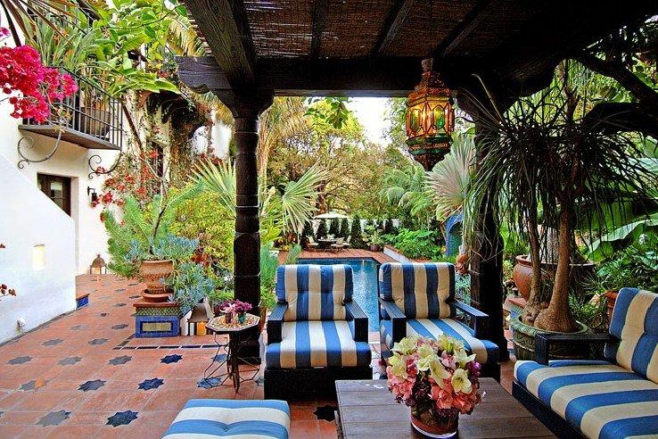 Фотография: Балкон, Терраса в стиле Восточный, Дом, Дома и квартиры, Интерьеры звезд, Калифорния – фото на INMYROOM