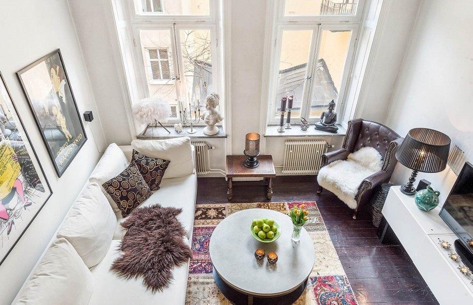 Фотография: Гостиная в стиле Скандинавский, Малогабаритная квартира, Квартира, Швеция, Дома и квартиры, Стена – фото на INMYROOM