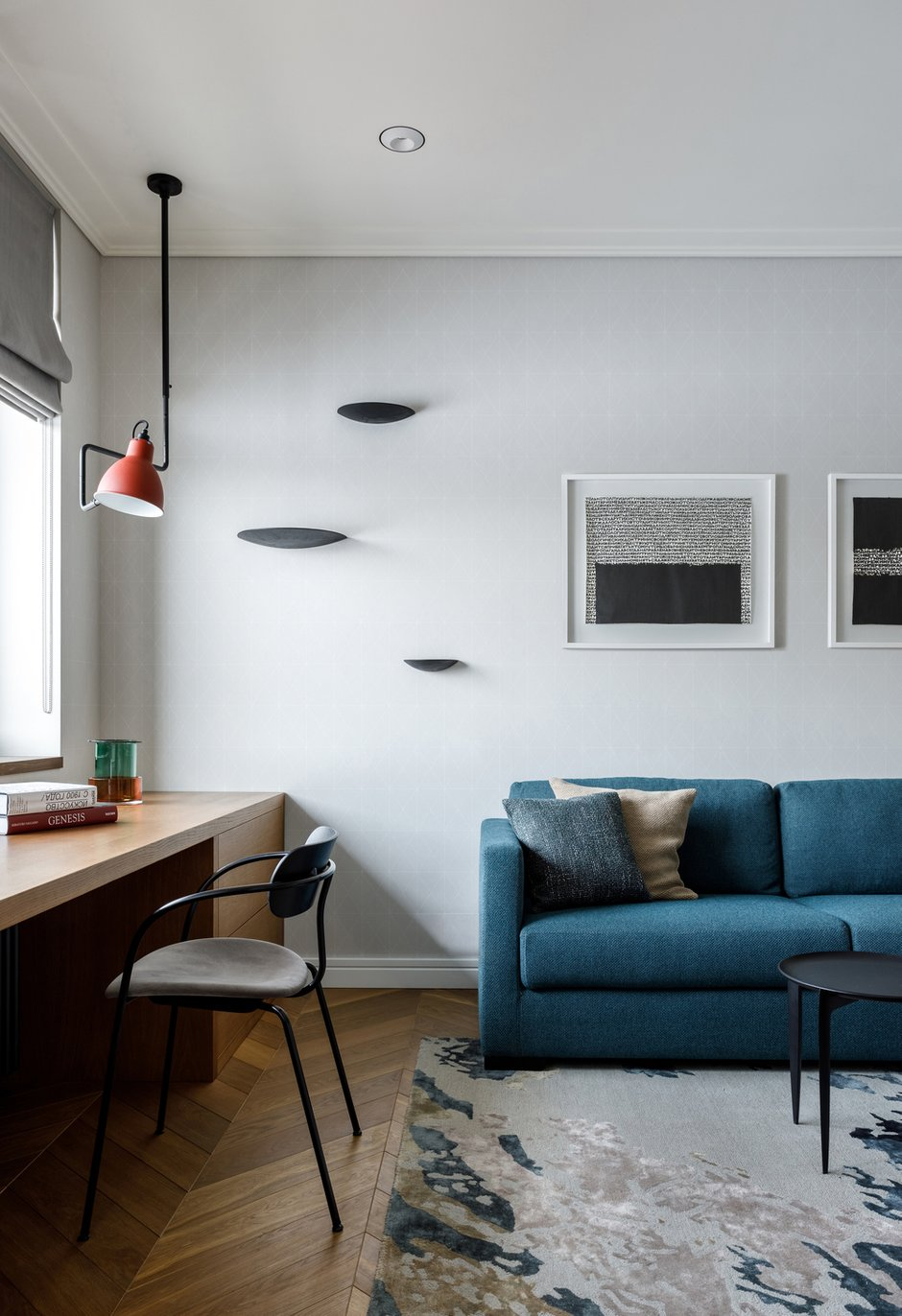 Фотография: Кабинет в стиле Современный, Квартира, Проект недели, Москва, Айя Лисова, 4 и больше, Более 90 метров, Aiya Design – фото на INMYROOM