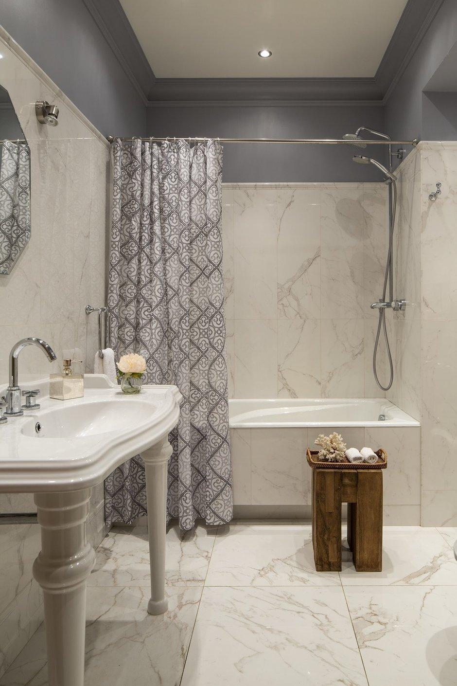 Фотография: Ванная в стиле Прованс и Кантри, Эклектика, Квартира, Проект недели, Москва, Олеся Шляхтина, 2 комнаты, 3 комнаты, 60-90 метров – фото на INMYROOM