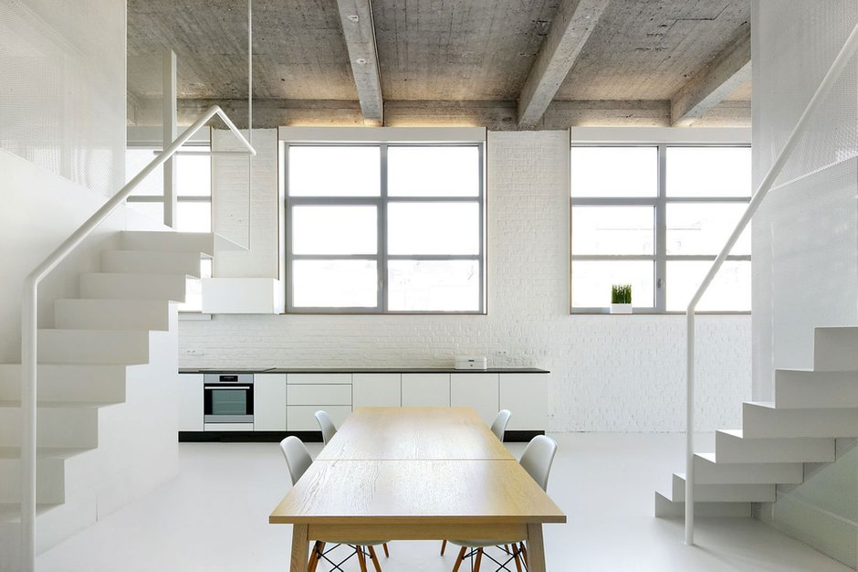Фотография: Кухня и столовая в стиле Современный, Квартира, Цвет в интерьере, Дома и квартиры, Белый, Проект недели – фото на INMYROOM