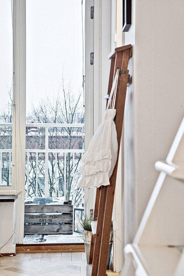 Фотография: Аксессуары в стиле Скандинавский, Малогабаритная квартира, Квартира, Швеция, Цвет в интерьере, Дома и квартиры, Белый – фото на InMyRoom.ru