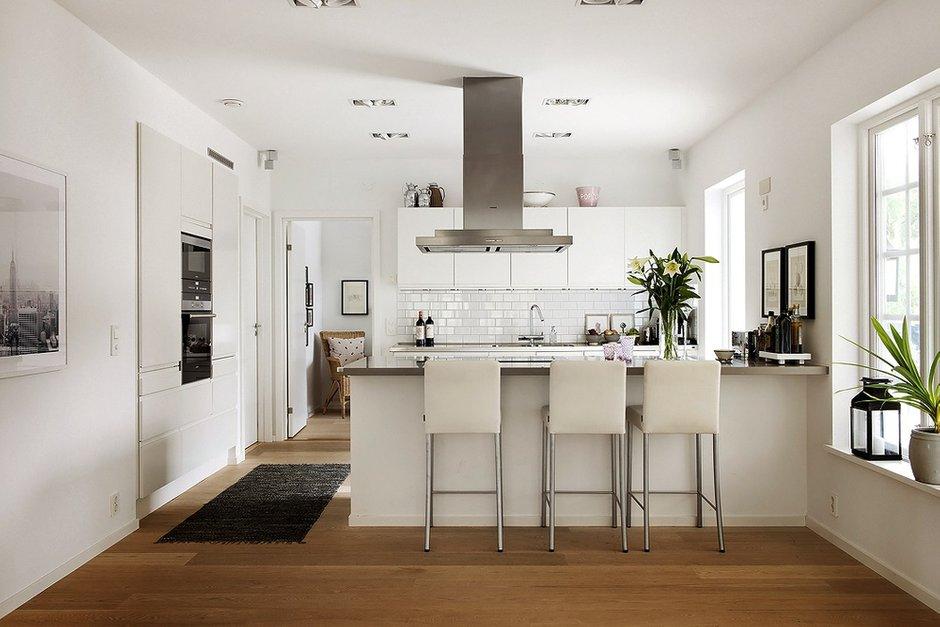 Фотография: Кухня и столовая в стиле Современный, Скандинавский, Дом, Дома и квартиры – фото на INMYROOM