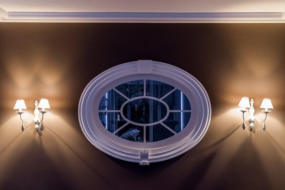 Фотография: Мебель и свет в стиле Восточный, Кухня и столовая, Дом, Франция, Дома и квартиры, Городские места, Камин, Дачный ответ – фото на INMYROOM