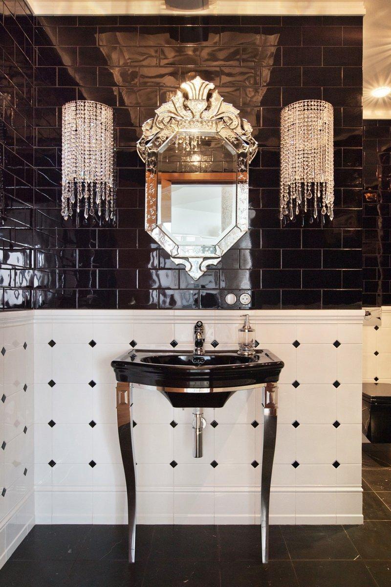 Фотография: Ванная в стиле Эклектика, Квартира, Италия, Дома и квартиры, Пентхаус, Люстра, Ар-деко – фото на INMYROOM