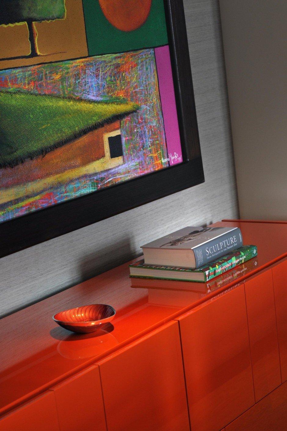 Фотография: Декор в стиле Современный, Квартира, Flos, Дома и квартиры, Лондон, Лестница, Библиотека, Готический – фото на INMYROOM