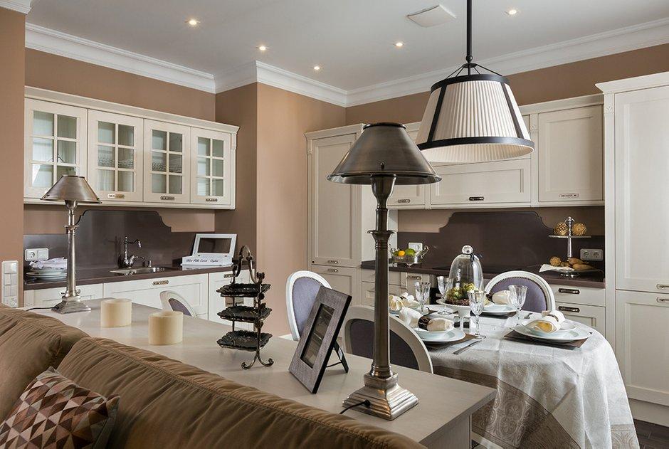 Фотография: Кухня и столовая в стиле Прованс и Кантри, Классический, Эклектика, Квартира, Дома и квартиры – фото на INMYROOM