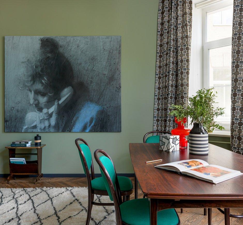 Фотография: Гостиная в стиле Современный, Квартира, Проект недели, Москва, Зеленый, Кирпичный дом, 2 комнаты, 40-60 метров, PROPERTY LAB+ART – фото на INMYROOM