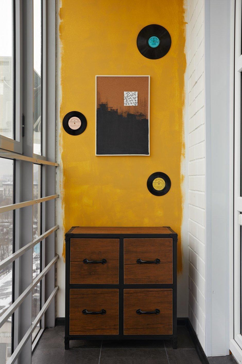 Фотография: Балкон в стиле Современный, Кухня и столовая, Ванная, Прихожая, Спальня, Проект недели, Желтый, Синий, Голубой, 1 комната, до 40 метров, ПРЕМИЯ INMYROOM – фото на INMYROOM